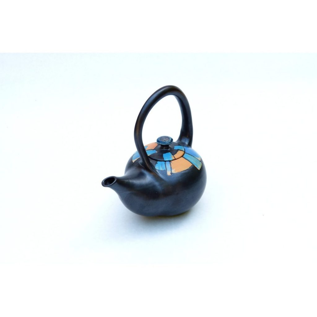 Teekanne aus Steinzeugton